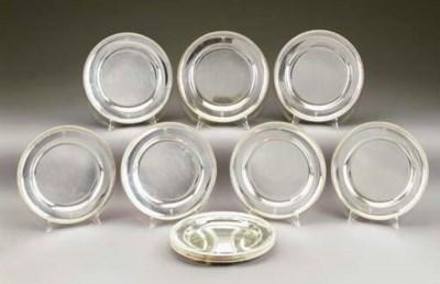 Servizio di dodici piatti in a