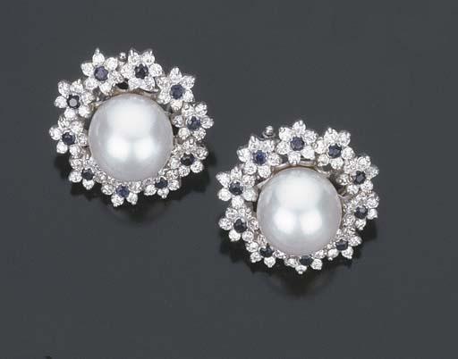 Paio di orecchini con perla coltivata, brillanti e zaffiri