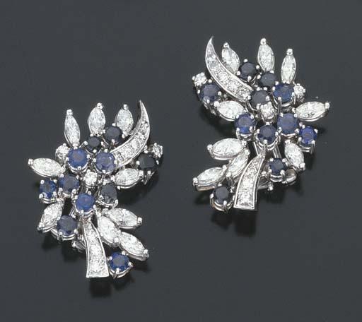 Paio di orecchini con zaffiri e diamanti