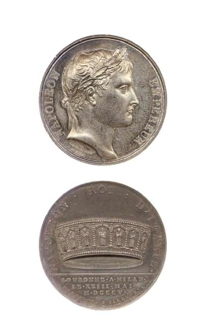 Lotto di 14 monete e medaglie,