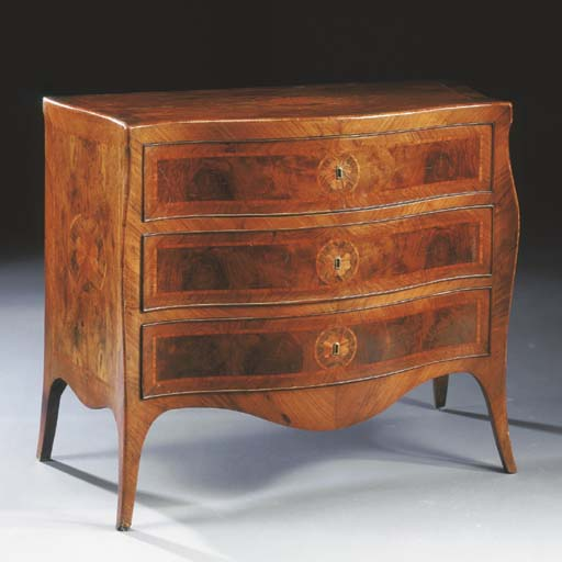 PICCOLA COMMODE IN NOCE E BOIS