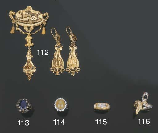 Antico anello in argento e oro