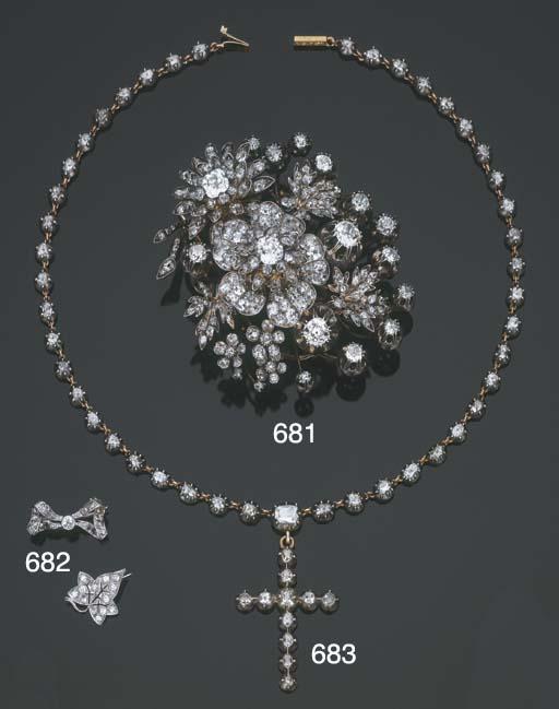 Antica collana in argento e or