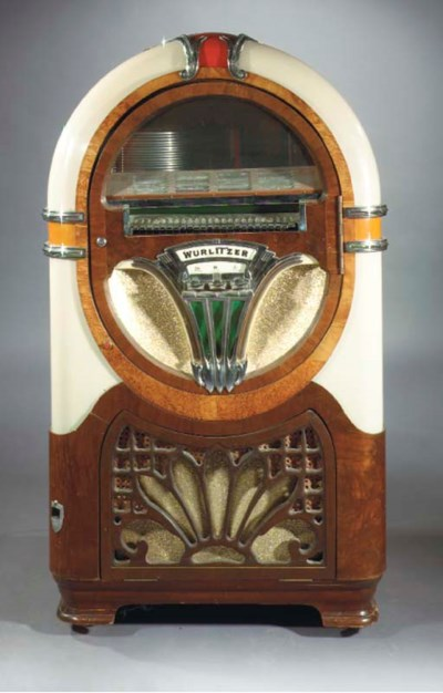 A Wurlitzer 750-C jukebox