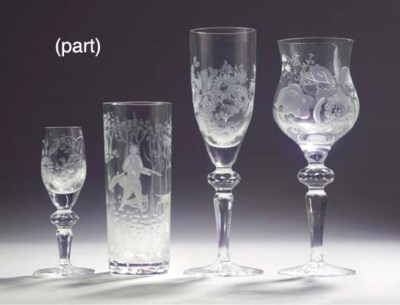 (24)  A Saxon engraved glass s