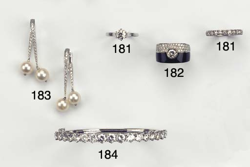 (2) A PAIR OF CULTURED PEARL A