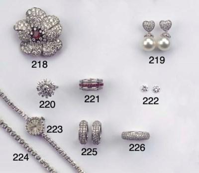 (2)  A PAIR OF DIAMOND EARSTUD
