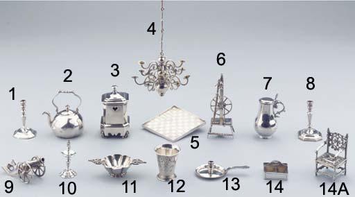 A Dutch silver miniature ewer with cover 'schelpkan'