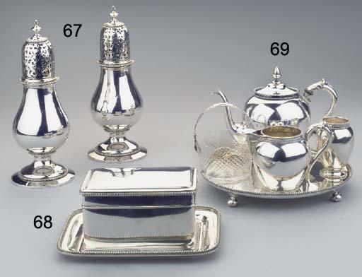 (5)  A Dutch silver teaservice