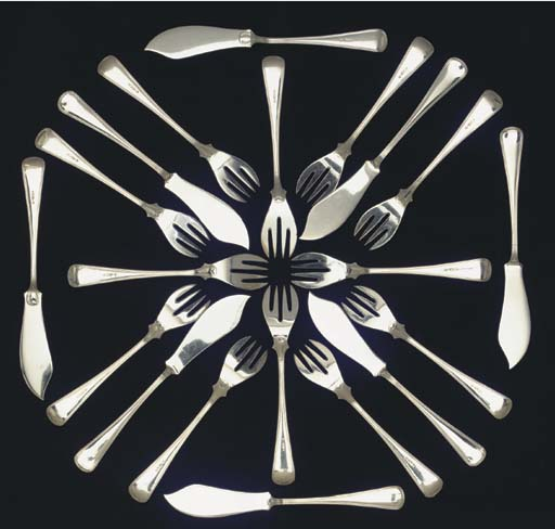 (24) Twelve Dutch silver fish forks and knives