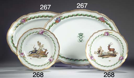 (2)  A pair of Meissen porcela