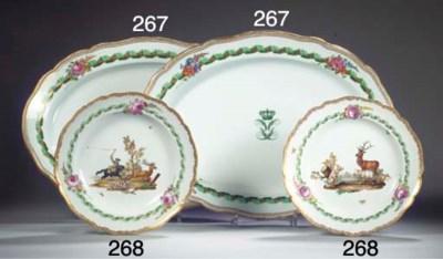 (2)  A pair of Meissen porcela