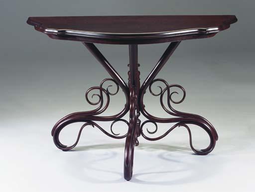 Trumeautisch Nr. 4, a mahogany