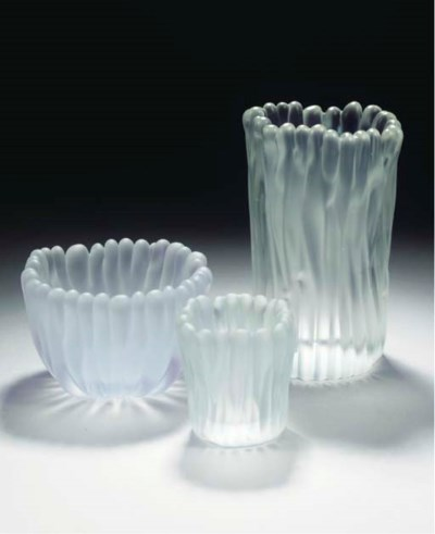 (3) Jäkälä, three glass vases