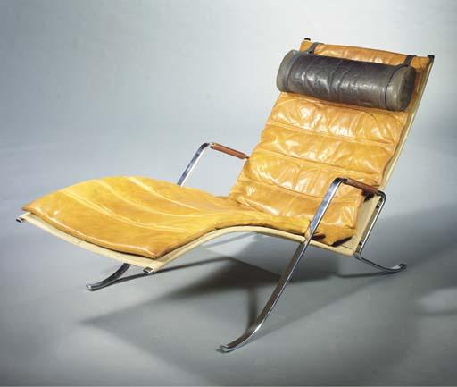 Grasshopper, a chaise longue