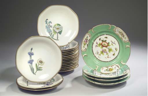(22) Eighteen Rörstrand porcel