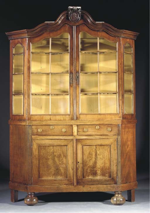 A Dutch mahogany display cabin