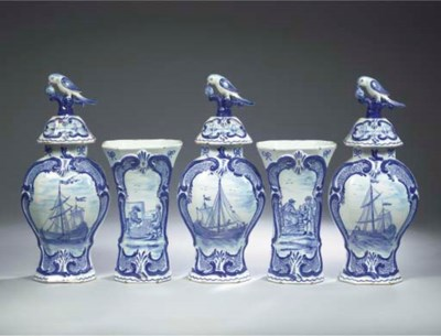(8) A Delftware blue and white