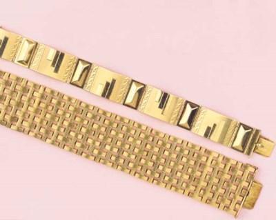 (3) THREE GOLDEN BRACELETS