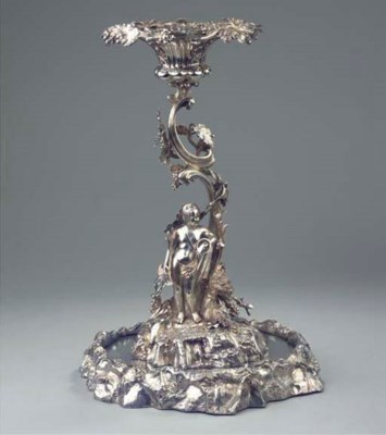 An English silver-plated centr