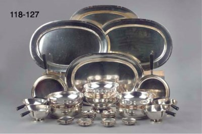 A set of twelve small dishes