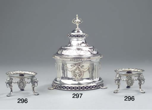 A Dutch silver tobacco pot