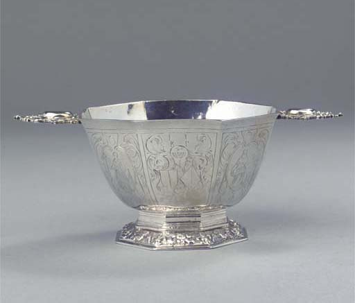 A Dutch silver brandybowl