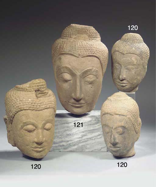 (3)  three thai, ayutthaya sty