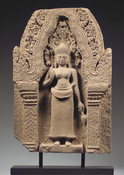 a khmer, koh ker style, sandst