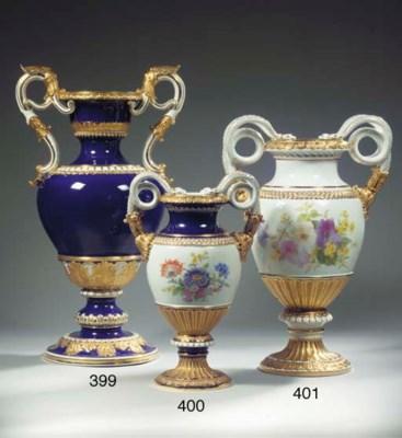 A Meissen porcelain gilt flora