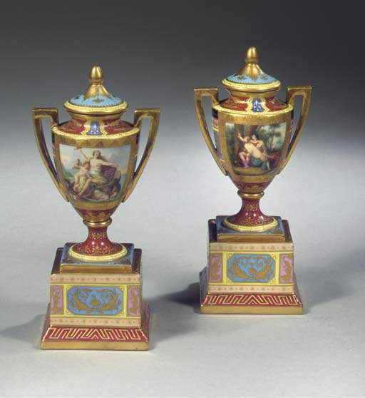 A pair of small Vienna porcela