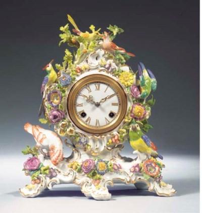 A Meissen porcelain flower-enc