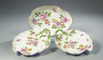 A pair of Vienna porcelain lea