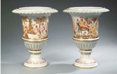 A pair of Meissen porcelain Ca