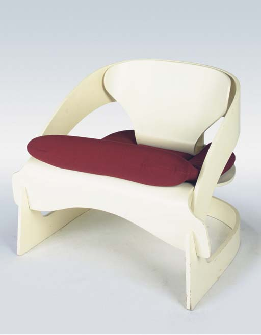4801, a lounge chair