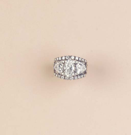 A FINE DIAMOND BAND RING