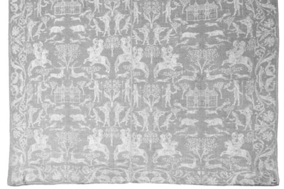 A FINE DAMASK TABLECLOTH WITH