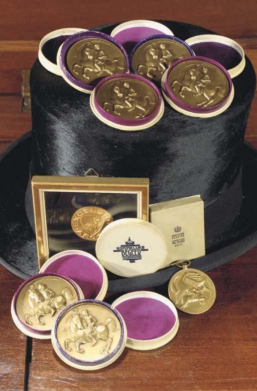 (9) Six bronze medals