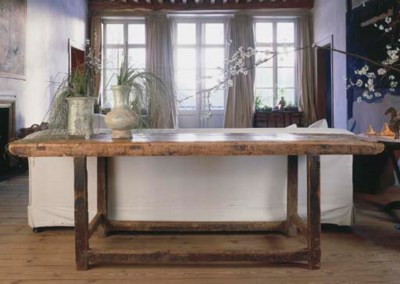 A FRENCH PINE TABLE