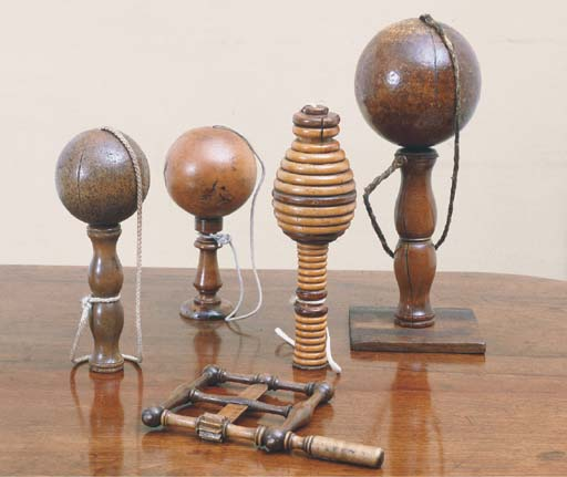 A GROUP OF FOUR FRENCH TREEN B