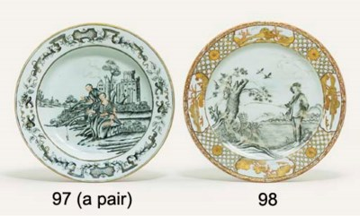A PAIR OF GRISAILLE AND GILT E
