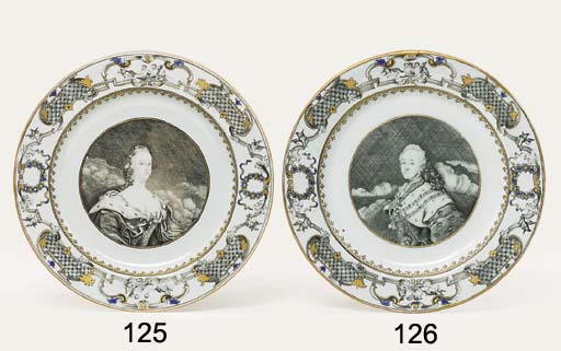 A RARE GRISAILLE, GILT AND BLU