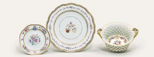 TWO FAMILLE ROSE ARMORIAL PLAT