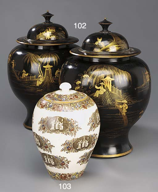 A PAIR OF BLACK AND GILT-JAPAN