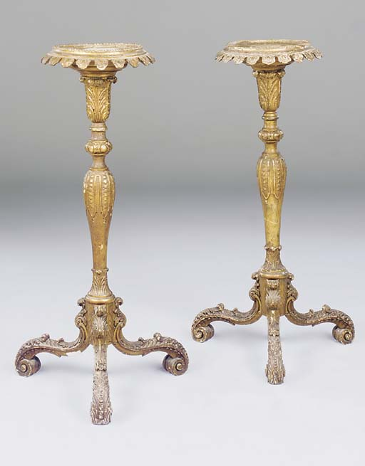 A PAIR OF GILTWOOD TRIPOD TORC