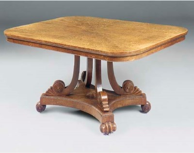 A SCOTTISH REGENCY OAK BREAKFA