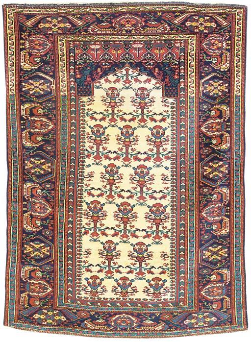 A SAROUK RUG OF TURKISH DESIGN