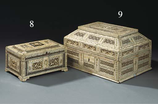 A RUSSIAN ENGRAVED BONE BOX