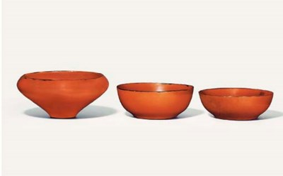 A set of three bowls