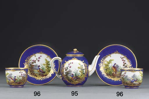 A Sevres bleu nouveau teapot a